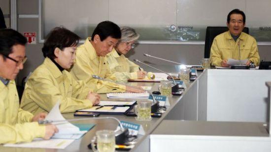 정부, 中 방문후 폐렴 증상 시 감시·검사 대상 포함