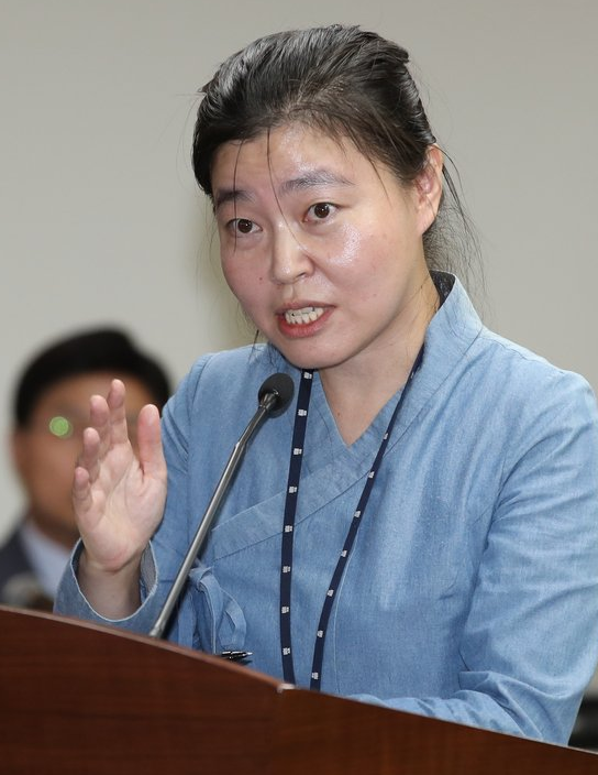 """""""엉뚱한 곳에 입질…너도 검사냐"""" 진중권, 임은정 검사 비판"""