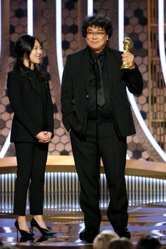 """""""샤론 최, 낄끼빠빠 잘 해…대단한 통역사 될 것"""" 외대 통번역학과 교수도 극찬"""