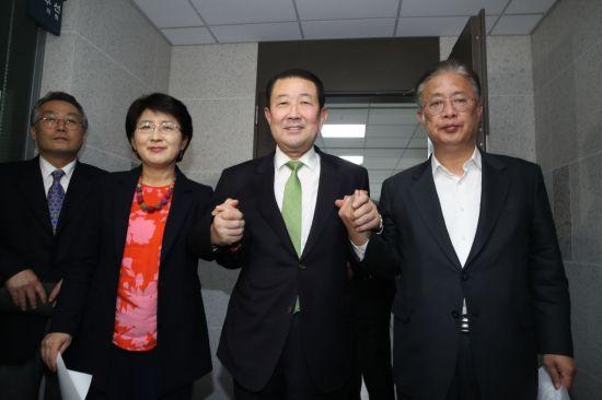 바른미래·대안신당·민주평화당 합당…당명은 '민주통합당'