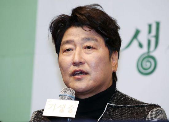 송강호 칸영화제 심사위원 위촉…韓 남자 배우 최초
