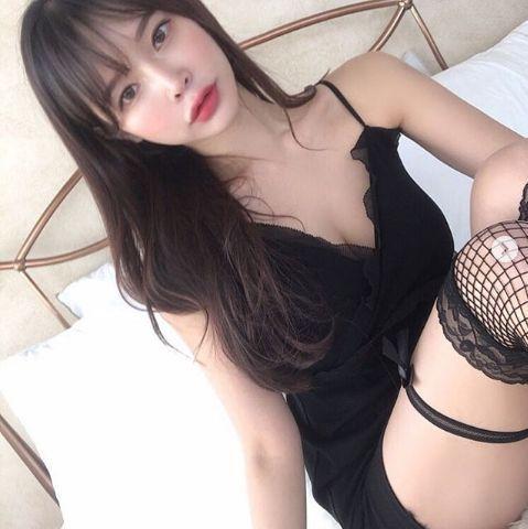 [포토] 이아윤 '모닝커피'