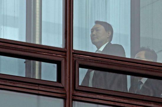 현직 수사관, 내부망에 윤석열 총장 퇴진 요구 글 게재