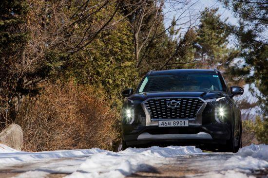 언택트 시대 '차박 열풍'…차박하기 좋은 SUV는?