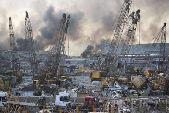 """베이루트 폭발참사로 도시 '절반' 피해…""""30만명 집 잃어"""""""