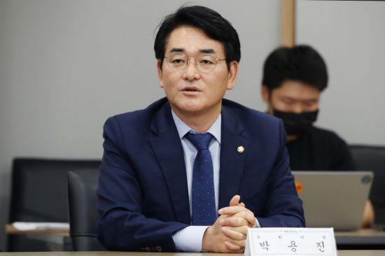 """'秋 아들 의혹' 사과한 박용진 """"지지자에게 욕 먹더라도 정직하게 할 말 해야"""""""