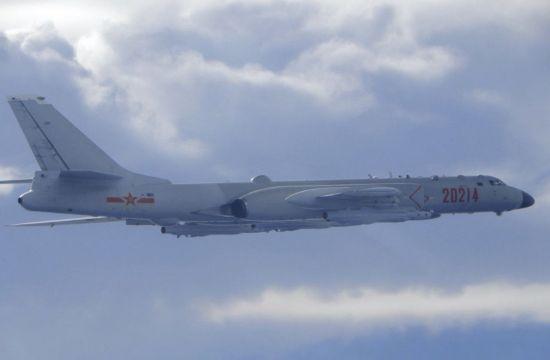 中, 핵 폭격기·미사일 모의훈련 영상 공개…괌 겨냥 추정