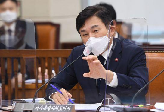 [정치, 그날엔…] 역대급 '고래싸움', 잊고 있었던 3위 후보의 존재