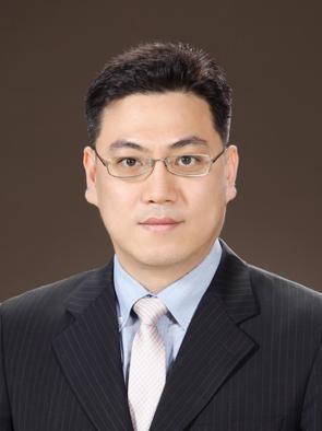방심위, 새 상임위원에 황성욱 변호사 선임