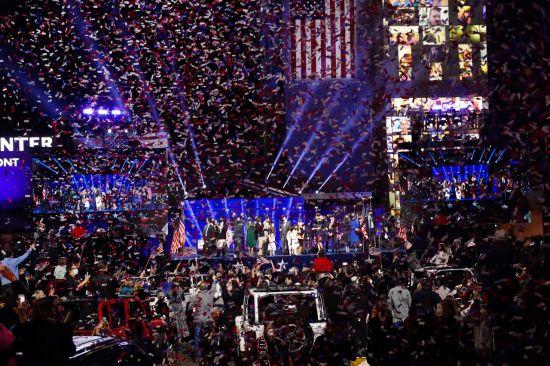"""[종합2보]""""하나의 미국, 존경받는 미국만들 것"""" 바이든, 승리선언…트럼프는 불복 예고"""