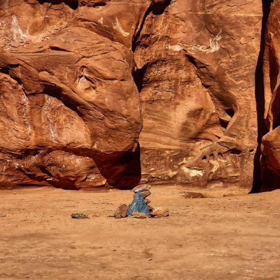 정체불명 美 사막 금속 기둥, 흔적도 없이 사라져