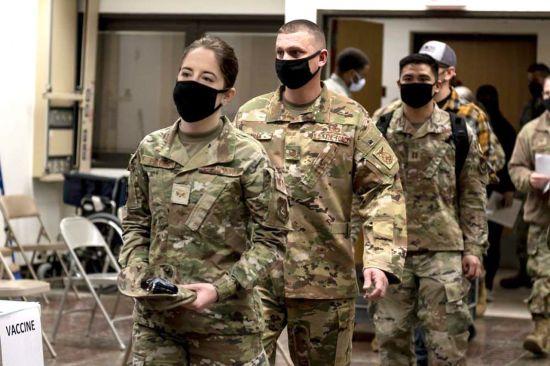 """인민의 힘 """"정부는 주한 미군의 한국인 중재자 나 예방 접종을 차단해서는 안된다"""""""