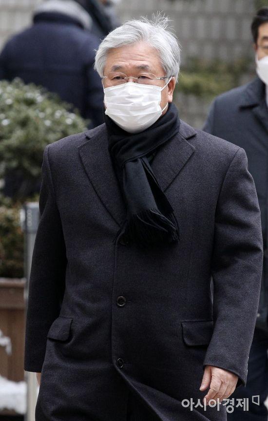 [포토] 국정농단 파기환송심 선고 향하는 박상진 전 사장