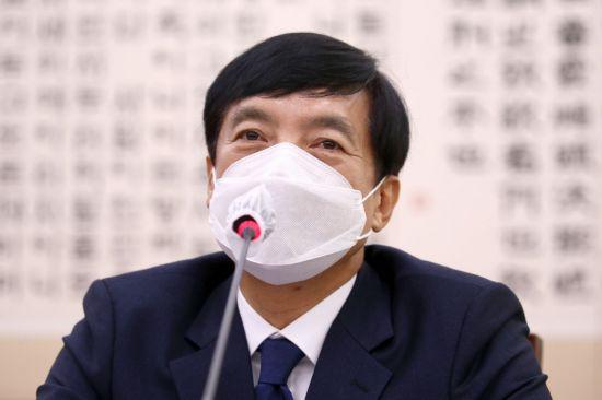 김오수보다 집중받는 이성윤… 기소돼도 잔류·승진 유력