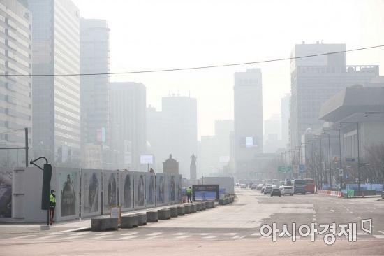 설날 반갑지 않은 방문객을위한 '미세 먼지'… 수도권, 충남 아침 '매우 나쁨'