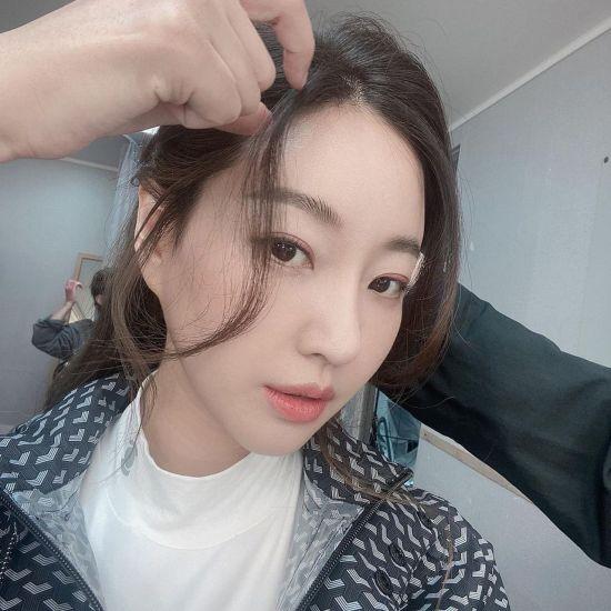 [포토] 김사랑 '봄이 오려나'