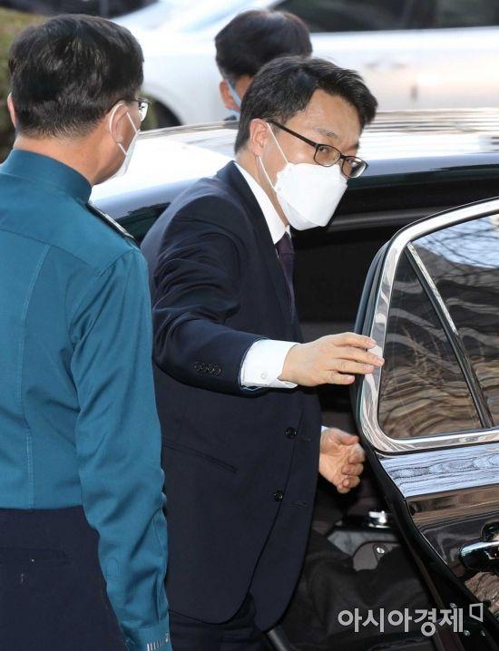 [포토]경찰청 방문한 김진욱 공수처장