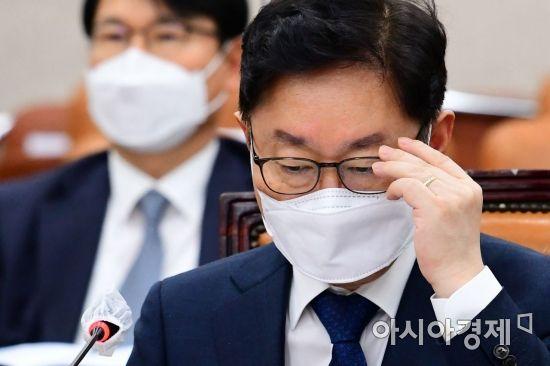 尹 연일 강공에 난감해진 박범계