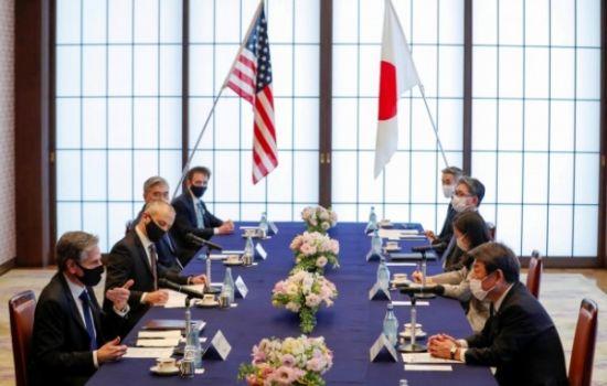 """일본 외무 장관 """"미 국무 장관과 한미 협력의 중요성 재확인"""""""