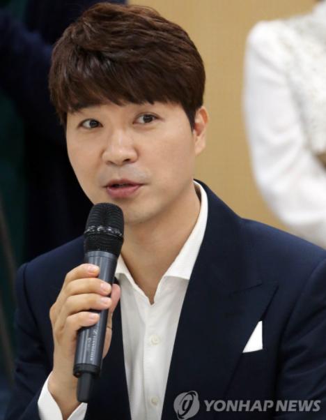 """""""박수홍 연봉 2억인데…친형 횡령액 5년간 50억"""""""