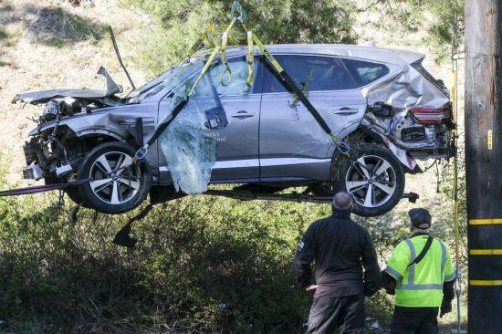 """제네시스 GV80 블랙박스 """"'골프황제' 우즈 사고 당시 과속"""""""