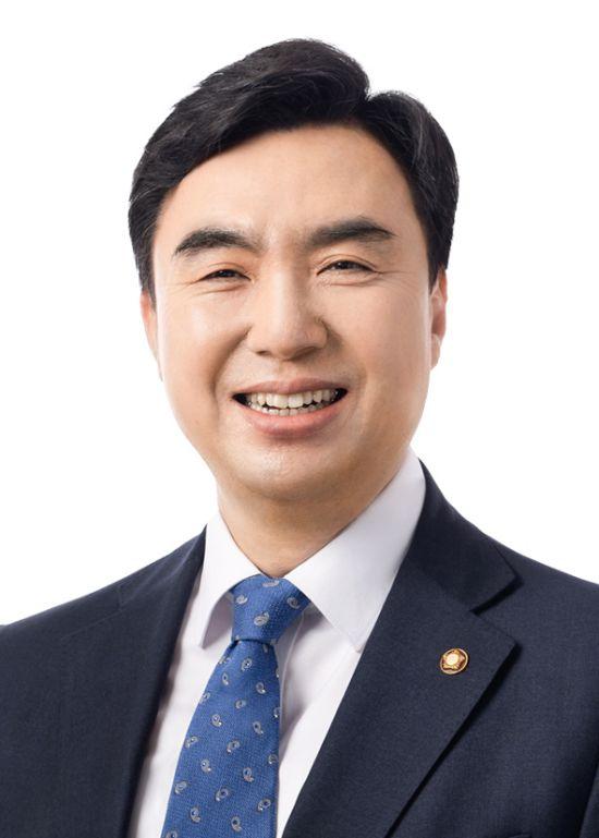 """""""카카오, 5년간 '카톡 선물하기' 환불 수수료로 717억원 챙겨"""""""