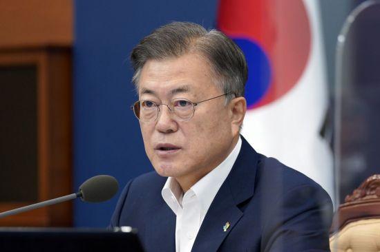 """文대통령 """"광주 시민 깊은 위로…부처 합동 재발방지 대책"""" (종합)"""