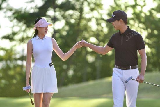"""[2030 골린이가 떴다②] 골프 어패럴시장 대박 """"우리는 멋쟁이 골퍼"""""""