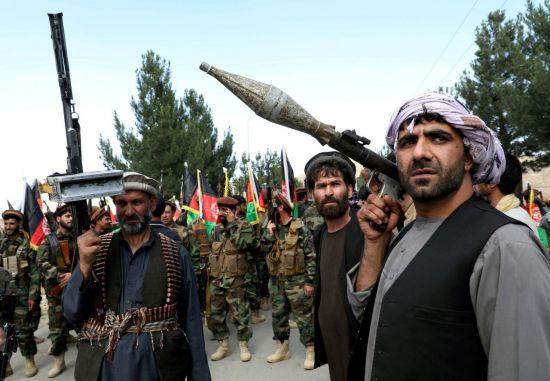 """[국제이슈+] 中, 반군이라던 탈레반과 첫 회담...""""신장위구르 지원 금지"""""""