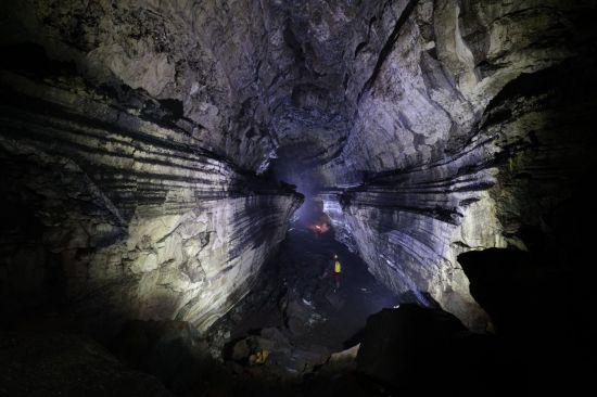 거문오름 용암동굴 26.1km…만년의 시간을 걷다