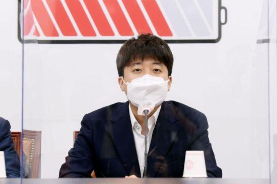 국민의힘, 윤석열·최재형으로 '黨心' 분할