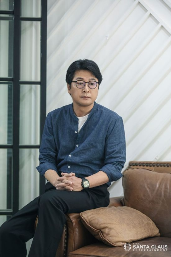 스튜디오산타클로스, 소속 배우 김윤석 주연 영화 '모가디슈' 예매율1위 수성