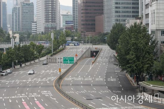 [포토]'텅빈 서울 도심'