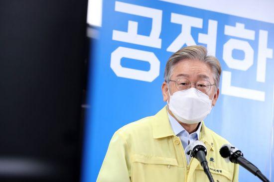"""전북 54.55%·누적 53% 날개 단 이재명 """"대장동 팩트가 중요..국민의힘 토건비리 커넥션""""(종합)"""