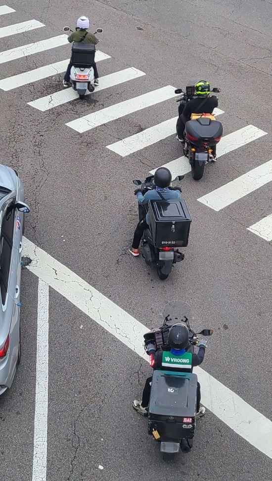 [보험 인싸되기]배달 오토바이 탄다고 보험사에 알려야 할까