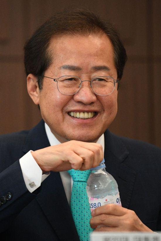 """홍준표 """"윤석열, 지지율 호재는 없고 악재만 남아…처음에 부풀어 올라 시작"""""""