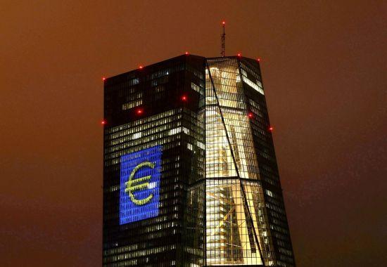 """""""양적완화 속도조절""""…美·英과 따로 가는 ECB"""